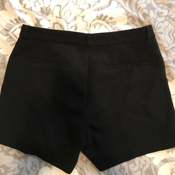 Banana Republic Pants - Banana Republic shorts